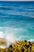 Caribbean Waves coming to Shore in San Andres, Colombia — Stock Photo