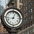 Historic clock of the 5th avenue (NYC) — Stock Photo #18174955