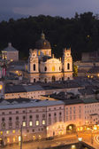 Church Kollegienkirche in Salzburg at night — Stock Photo