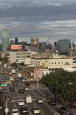 View of traffic on Queens Boulevard. Vertically. — Stock Photo