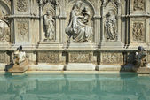 Fonte Gaia Fountain in Siena (Tuscany, Italy) — Stock Photo