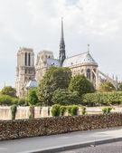PARIS - JULY 27: Lockers at Pont des Arts symbolize love for eve — Stock Photo