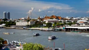 Timelapse - View of Chao Phraya river from Wat Arun in Bangkok, Thailand — Stock Video