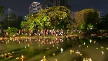 Timelapse of Loy Krathong festival, Bangkok — Stock Video