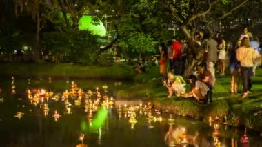 Timelapse view of Loy Krathong celebrations, Bangkok — Stock Video