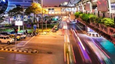 Laps de temps de circulation de nuit coloré - bangkok — Vidéo
