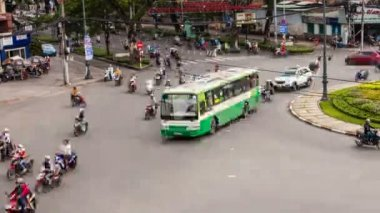 TRAFFIC IN VIETNAM - HO CHI MINH CITY - Time Lapse — Стоковое видео
