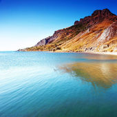 горы и море фон — Стоковое фото