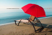 Tranquil morning beach — Stock Photo