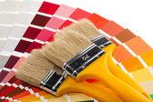 Colori, pennelli e campioni di colore — Foto Stock