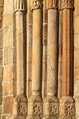 Kerk oude kolommen — Stockfoto