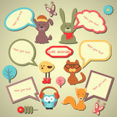 Set of cute speech bubbles with animal stickers — Stock Vector