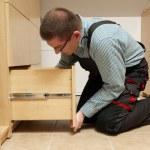 montaggio di mobili — Foto Stock #23665389