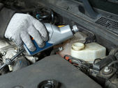 Brake fluid topping up — Stock Photo