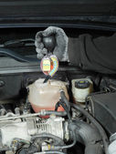 Antifreeze coolant freeze-up protection test — 图库照片