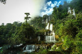 Thailand waterfall in the national park — Stockfoto