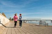 Jogging on coasts — Stock Photo