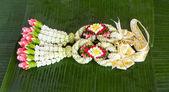 Blomma garland thailändsk stil — Stockfoto