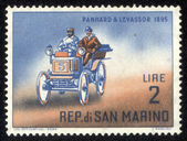 SAN MARINO - CIRCA 1962 A stamp printed in San Marino shows Old auto with the inscription Panhard & Levassor, 1895 from the series Old auto, circa 1962 — Stock Photo