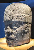 Stone Carved Olmec Head — Stock Photo