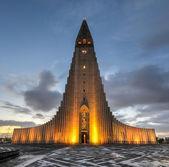 Hallgrimskirkja Cathedral in Reykjavik, Iceland — Stock Photo