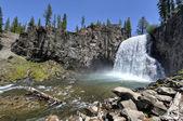 Rainbow Falls, Devil's Postpile National Monument — Stock Photo