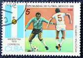 Francobollo con l'immagine del calcio — Foto Stock