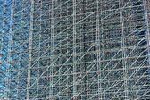 высота конструкции алюминиевых трубок — Стоковое фото