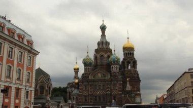 Cathedral of the Resurrection on Spilled Blood (Church of Our Savior on the Spilled Blood) in St Petersburg — Stock Video