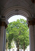 Arch at the entrance to the Hermitage in St. Petersburg — Foto de Stock