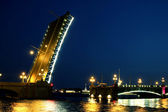 Drawbridge in St. Petersburg at night — Stock Photo