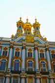 Orthodox church of Resurrection in the Catherine Palace in Pushk — Stock Photo