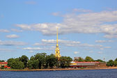 Spire of Peter and Paul Fortress in St. Petersburg — Stock Photo