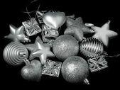 クリスマス ツリーに新しい年のおもちゃ — ストック写真