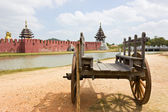 Ancient wooden wagon in the old palace. — Stock Photo