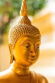 Altın buddha heykeli — Stok fotoğraf