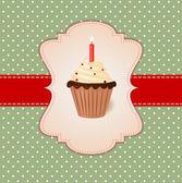 винтаж векторный поздравительная открытка. кремовый торт со свечкой — Cтоковый вектор