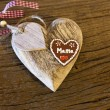 "Foto Stock: Big wood heart with""Mama"""