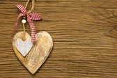 Large and small wooden heart — Stock Photo