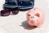 Saving with the Piggy Bank — Stock Photo