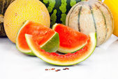 Various melons and pieces — Stock Photo