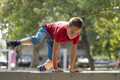 Parkour jump over wall 2 — Stock Photo