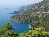 Paisaje de la costa del mar mediterráneo turquía — Foto de Stock