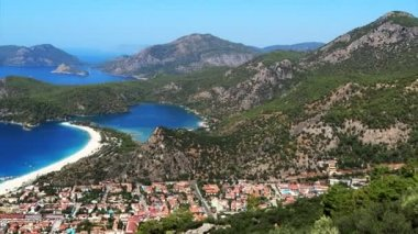 Panorama of blue lagoon and beach oludeniz turkey — Stock Video