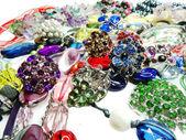Jóias de pérolas cristais como pano de fundo da forma — Foto Stock