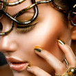 Fashion Girl Portrait. Gold Makeup — Stock Photo #12801697