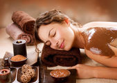 Spa chocolade masker. luxe spa-behandeling — Stockfoto