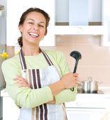 Jonge vrouw koken gezonde voeding — Stockfoto