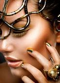 Fashion Girl Portrait. Gold Makeup — Stock Photo