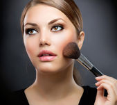 Makeup. Applying Make-up Cosmetics Brush. Perfect Make-up — Stock Photo